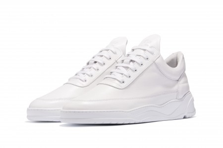 Low top astro all white