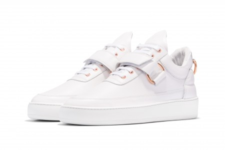 Low top clasp white