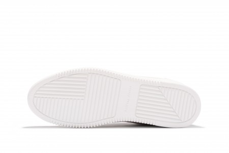 Low top perforated tone white