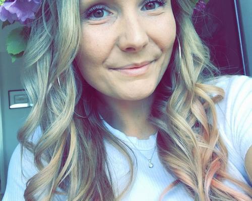 24-årig Karlstad-tjej söker boende i Uppsala
