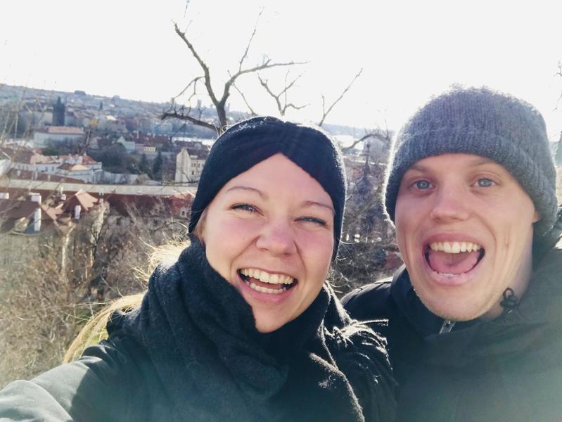 Par på 25 år søger 2-3 værelses lejlighed/hus i Odense.