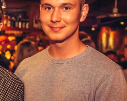 Flink ung mand søger værelse i København