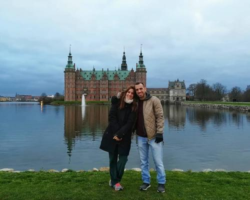 Couple looking for 2 room apartment in the area of Copenhagen.