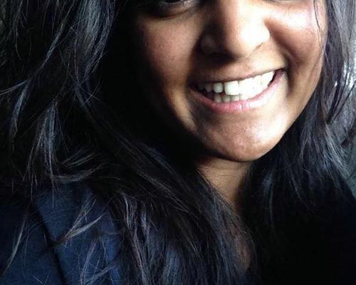 26 årig fuldtidsarbejdende kvinde søger lejlighed