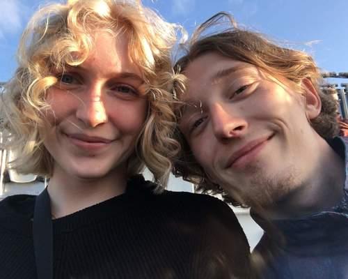 Par søger 2 værelseslejlighed i Odense M eller Odense C