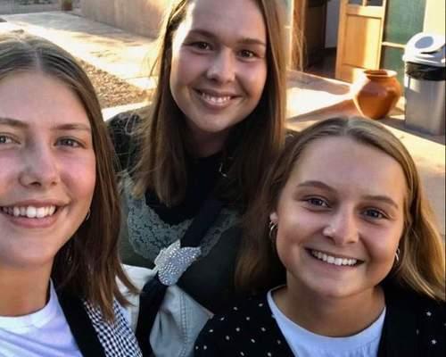 Tre piger søger 4 værelses lejlighed nær centrum
