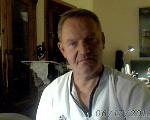 Førtidpensioneret mand på 59 år. Søger hus til leje på sjælland.