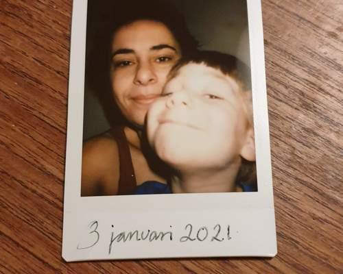 Mor og søn søger lejlighed i Søborg
