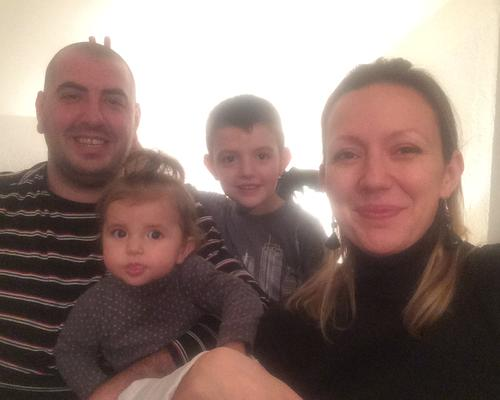 Family of 4 searches for their new home