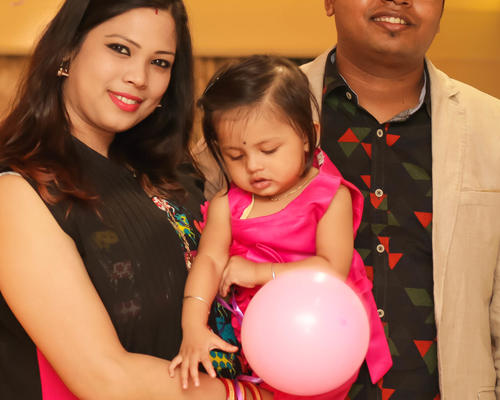 Family with a baby looking for a furnished apartment