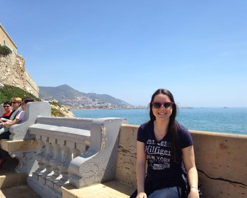 Girl from Barcelona looking for a room