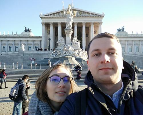 Couple looking for an room/apartment in Lund
