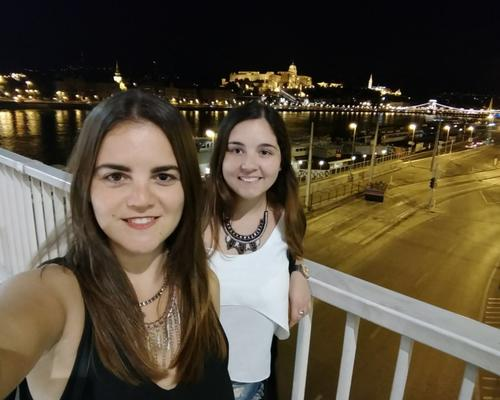 2 girls looking for a room or an aparment in CPH.