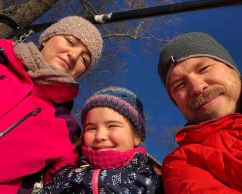 Family is looking for an apartment in Sollentuna