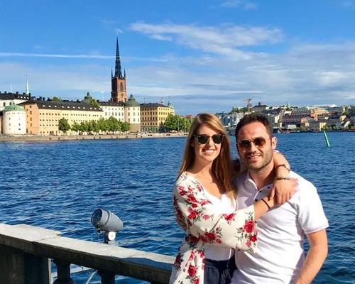 Couple looking for a 2 room apartment in Malmo (Sweden).