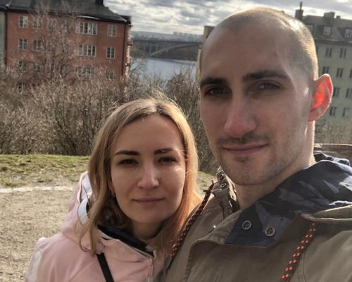 Couple with a cat looking for 2 room apartments in Stockholm.