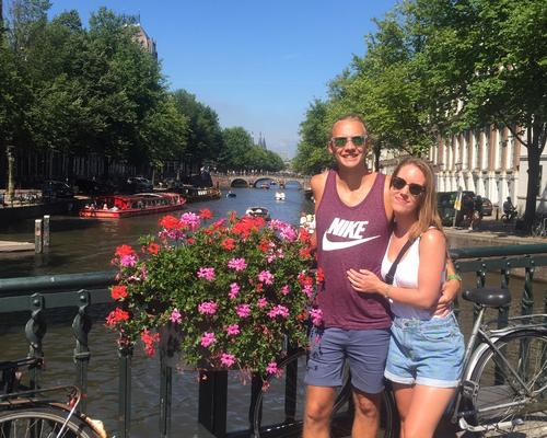 Couple looking for a 2-3 room apartment in Stockholm