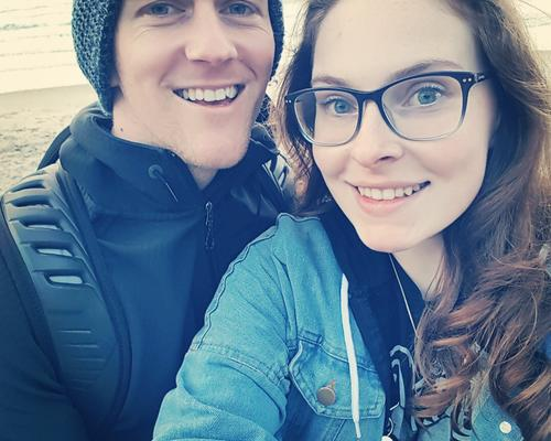 Couple looking for 2 room apartment in Uppsala