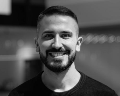 Spanish Software Engineer looking for a place to call home :)