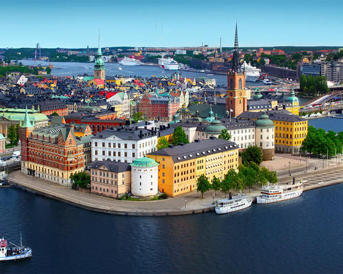 Worker looking for an apartment in Stockholm city center