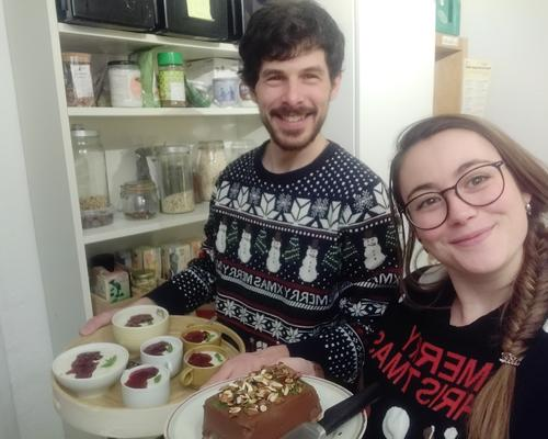 Environmental engineer couple looking for a flat