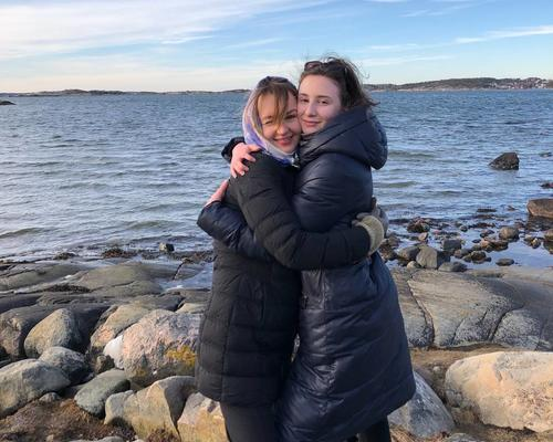 2 students, girls, are looking for an apartment in Gothenburg