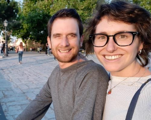 Couple looking for a room /apartment in Aahrus.