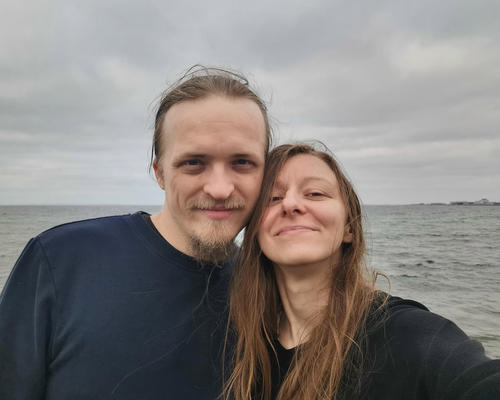 Couple looking for a short-term accomodation in Aarhus