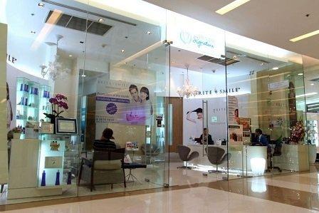 Стоматологическая клиника Dental Signature в Бангкоке