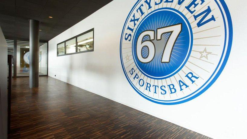 67 Sixtyseven Sportsbar 4
