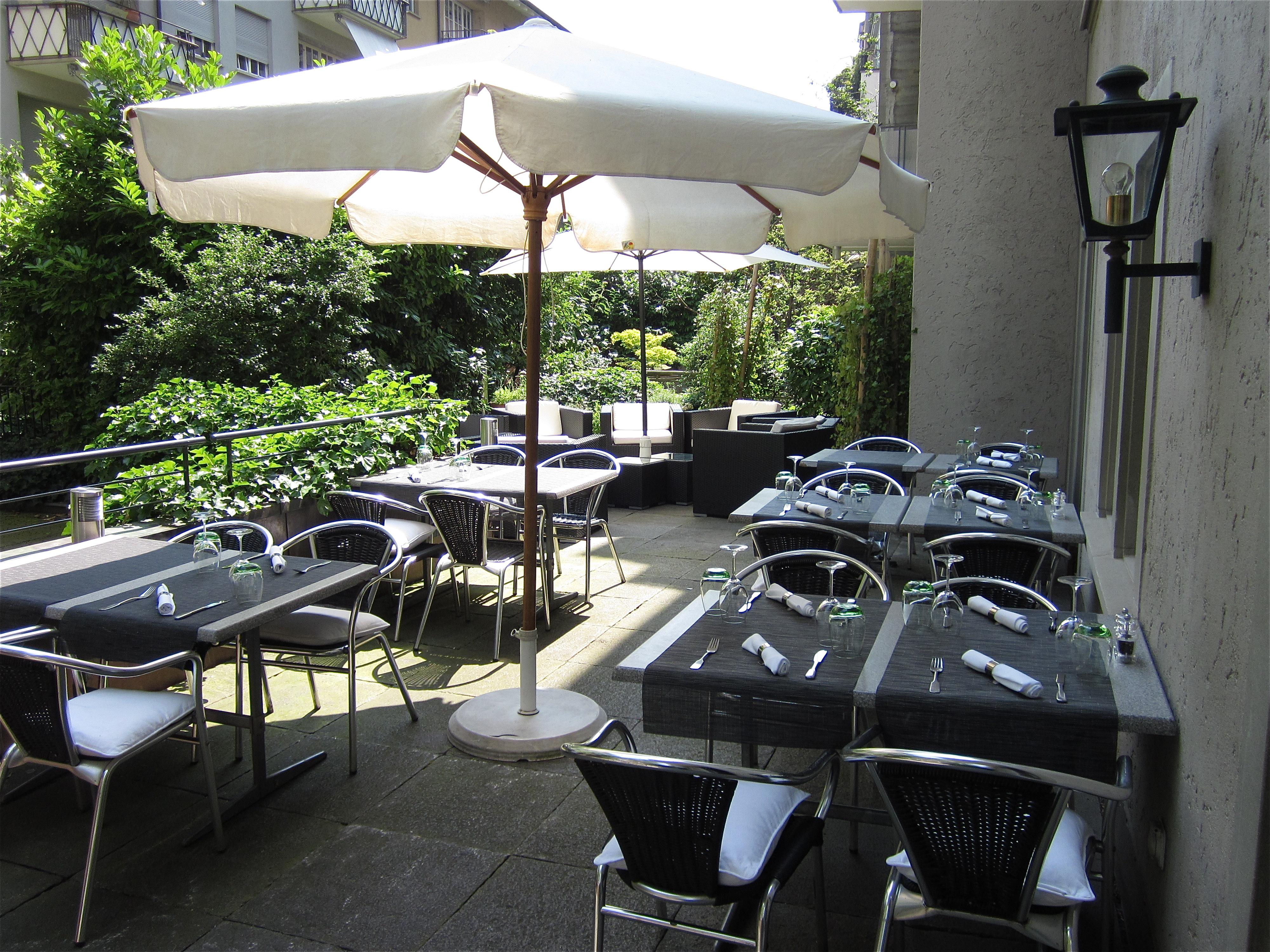 restaurant zum gr nen glas in z rich ausgezeichnete restaurants bars take aways caf s und. Black Bedroom Furniture Sets. Home Design Ideas