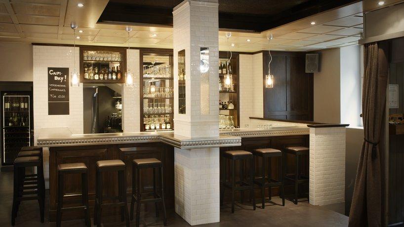 Die neue Rosaly's Bar