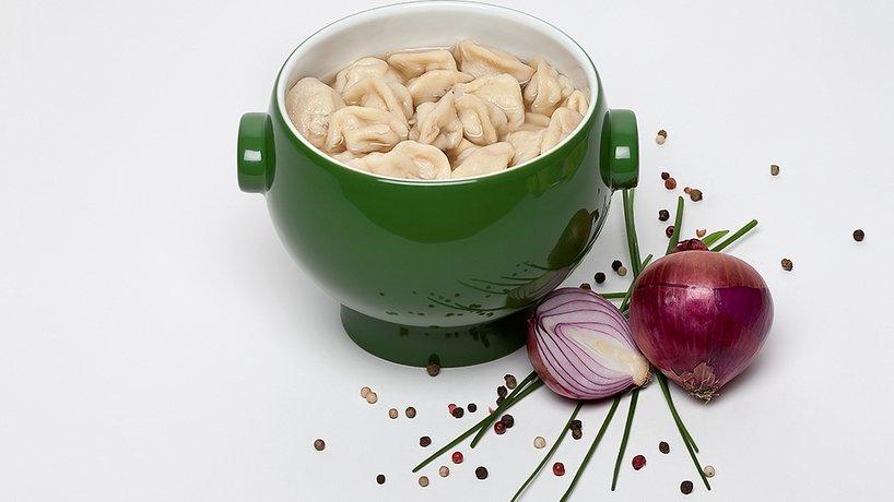 Sibirische Pelmeni Suppe