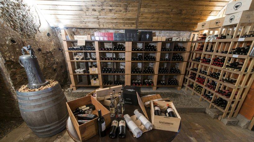 la cantina dei vini