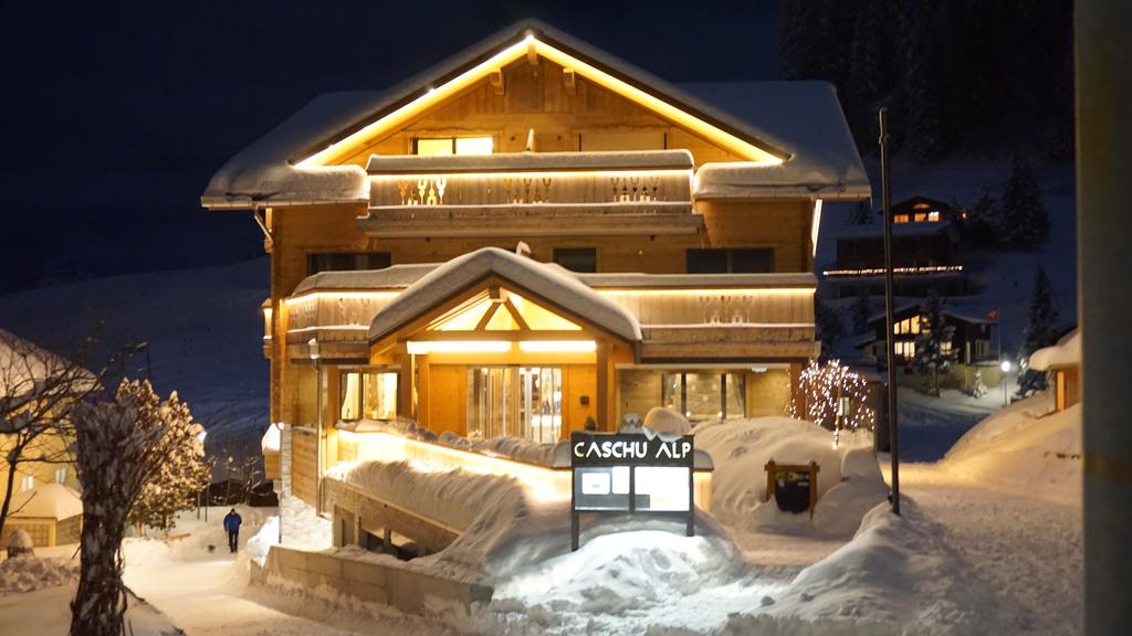 Caschu alp in stoos ausgezeichnete restaurants bars for Design boutique hotels schweiz