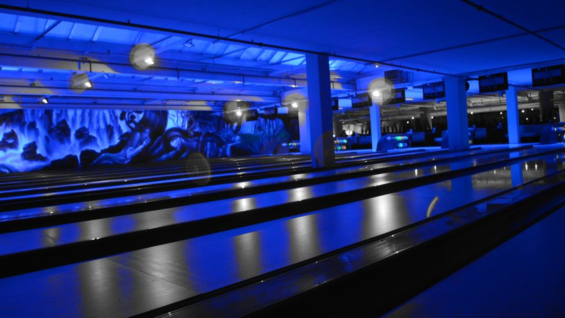 Bowling Saturday Night Disco