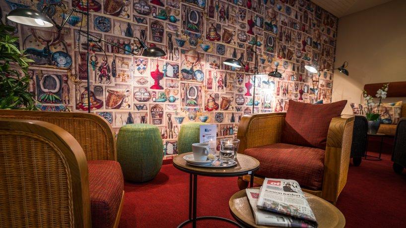 Lambert-lounge