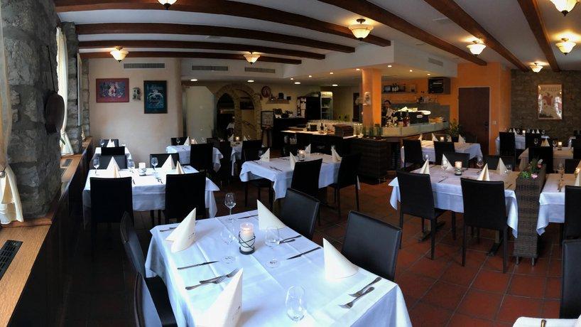 Restaurant bei Buffet 2