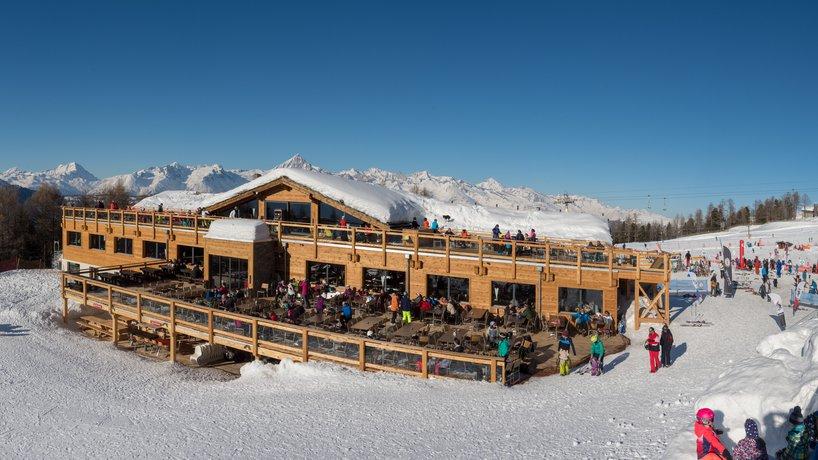 Aussenansicht Bergrestaurant Hannigalp