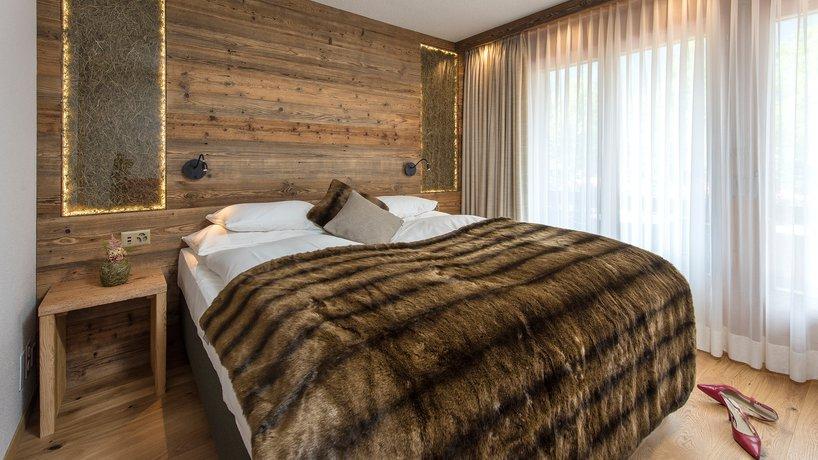 SALZANO Hotel Zimmer Natura mit Heu