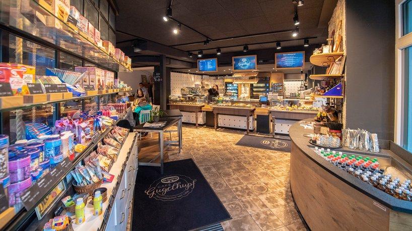 Eingangsbereich mit Shop