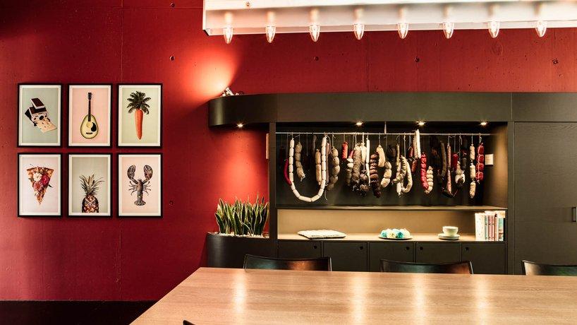 Belvoir Restaurant&Grill Hochtisch