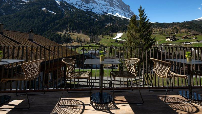 Terrasse mit Blick auf die Eiger Nordwand