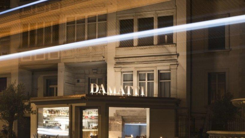 Damatti_by_night
