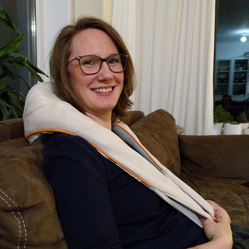 Nina von brands you love testet das Shiatsu-Nacken-Massagegerät NM 860