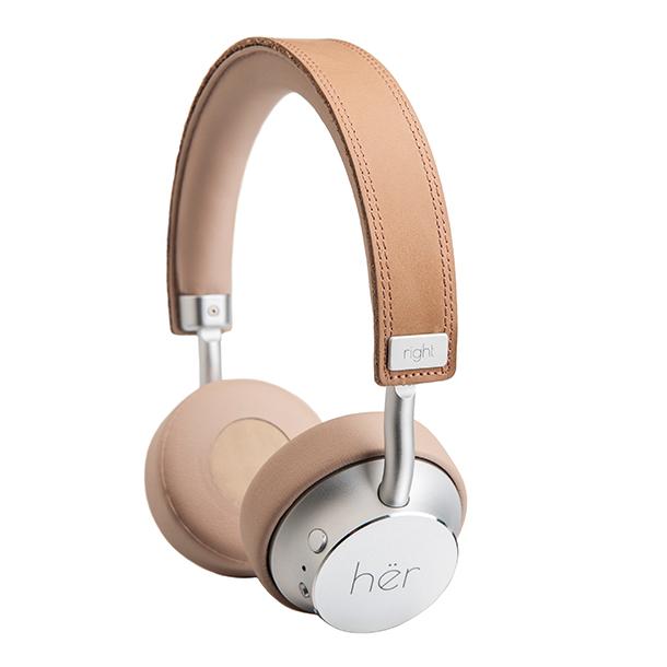 hër headphones