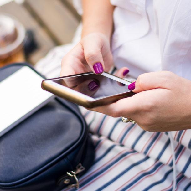 Erfahrungen teilen und auf Social-Media-Kanälen berichten
