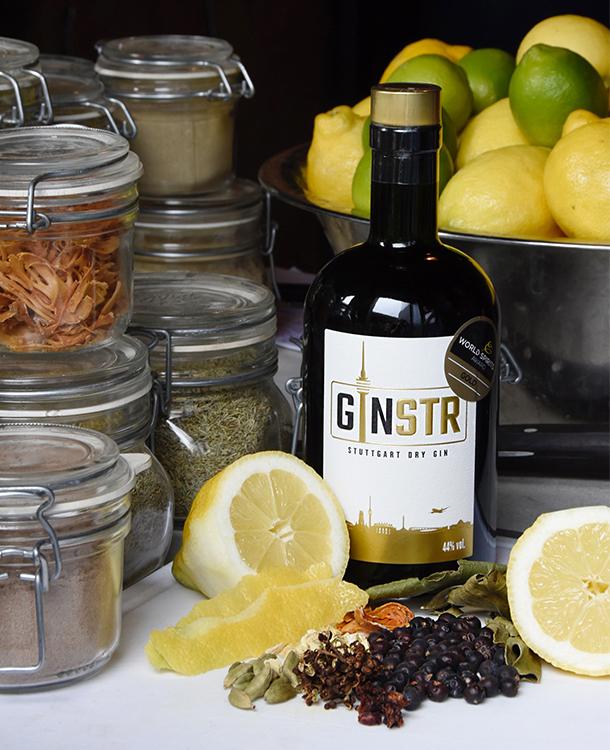 GINSTR Flasche