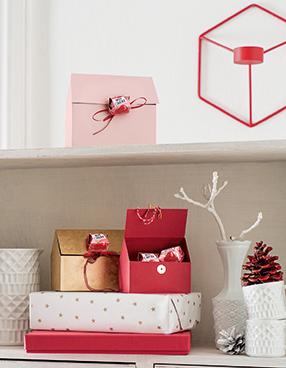 Geschenkverpackung: Das Haus vom Nikolaus mit Mon Chéri