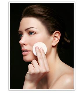 Alcina Skin Manager: Das Gesichtstonic, das die Poren verfeinert